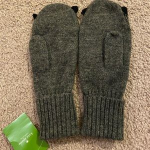 kate spade Accessories - Kate Spade Owl Mittens NWT